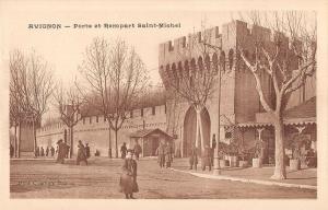 B106724 France Avignon Porte et Rempart Saint Michel