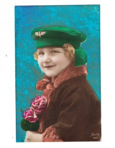 HI1095 RED HAIRED ART DECO LITTLE GIRL WITH MILITARY CAP AND FUR COAT