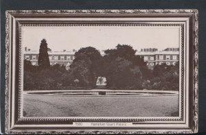 Middlesex Postcard - Hampton Court Palace    T4637