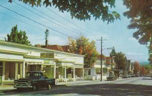 BETHLEHEM , New Hampshire , 50-60s ; Main Street
