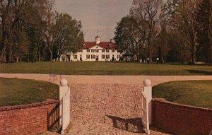 Mt. Vernon, VA, Washington's Home, Bowling Green Gate, 1979 Postcard g9140