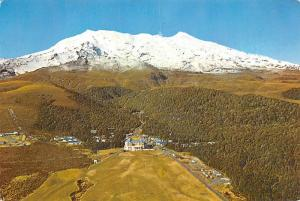 Mount Ruapehu, New Zeland - Chateau, Tongariro National Park
