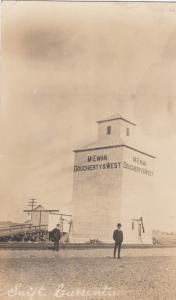 RP: SWIFT CURRENT , Sask. , Canada , 1900-10s , Grain Elevator