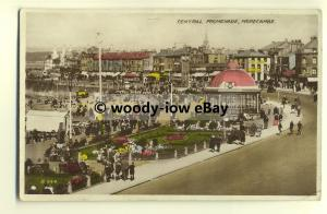 tp8651 - Lancs - A Busy Central Promenade c1943, in Morecambe -  postcard