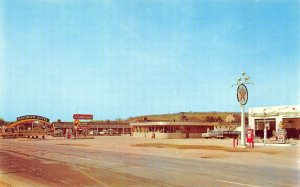 Chilhowie VA Rainbow Autel Diner Restaurant Texaco Gas Station Postcard.