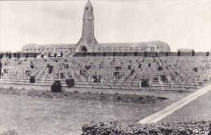 France Verdun Ossuaire et cimetiere militaire de Douaumont