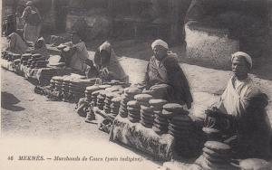 MEKNES, Morocco, Africa, 1900-1910s; Marchands de Casra (pain indigene)