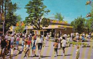 New Hampshire Salem Canobie Park The Arcade