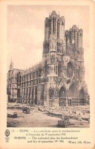 La Cathedral apres le bombardement Reims France Unused