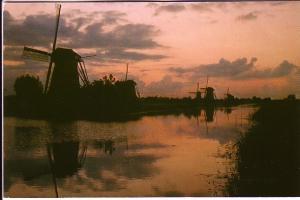 Sunrise over Windmills, Overwaard, Kinderdijk, Netherlands