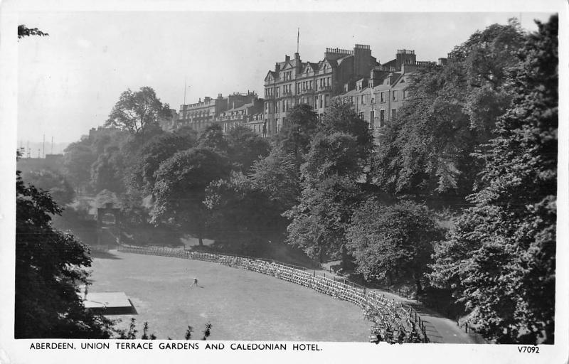 uk17222 union terrace gardens and caledonian hotel aberdeen scotland uk