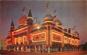 Mitchell South Dakota~Night Lights Corn Palace~Nice 1950s Car~Postcard
