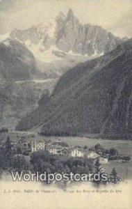 Village des Praz et Aiguille du Dru Vallee de Chamonic Swizerland Stamp on back