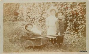 1912 Children Pull Wagon RRPC Real Photo postcard 1625