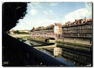 Postcard Modern Franche Comte Doubs Besancon Picturesque Old houses quai Veil...