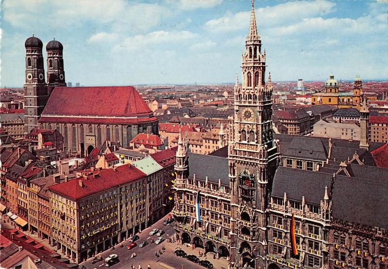 GG11446 Muenchen Rathaus und Frauenkirche Church Town Hall Cars