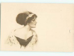 Divided-Back PRETTY WOMAN Risque Interest Postcard AA7888