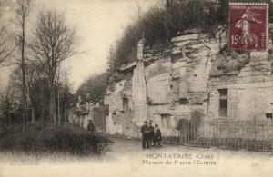 CPA MONTATAIRE Maison de Pierre l'Ermite (130575)