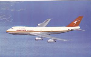 QANTAS Airways Boeing 747B Jet Airplane , 60-80s