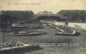 Schloss Schonbrunn, Park Wien, Vienna Austria Unused