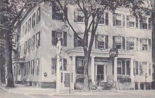 New York Cazenovia Lincklaen House Artvue