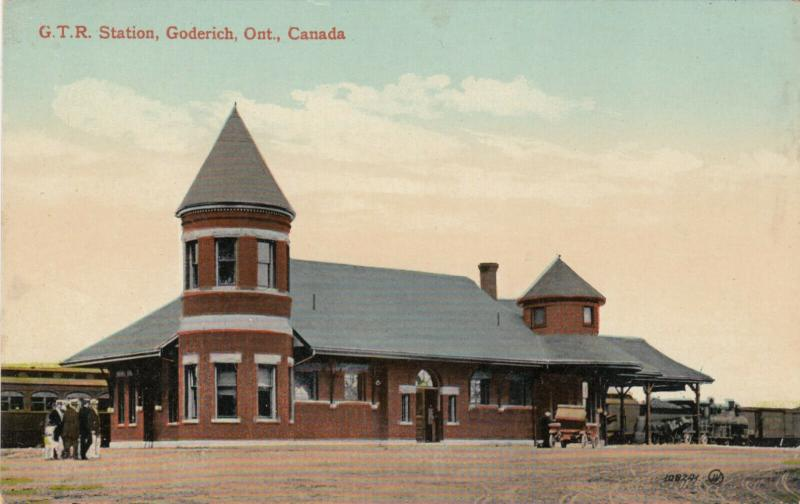 GODERICH , Ontario , 1900-10s ; G.T. Railroad Train Station