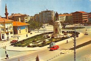 Turkey Konya Ataturk Heykeli ve Sehrin gorunusu