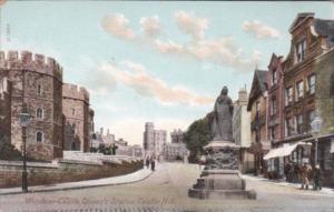 England Windsor Castle Queen's Statue Castle Hill