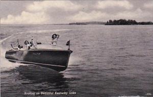Boating On Beautiful Kentucky Lake Padducah Kentucky