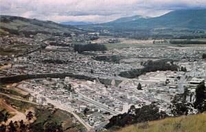 Ecuador Quito Barrios al sur de la ciudad vistos desde El Panecillo Panorama