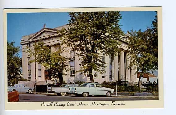 Huntington TN Courthouse Street Vue Old Cars Postcard