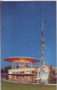 Saratoga CA - Award-winning Fountain Effervescence of Champagne by sculptor Gurd