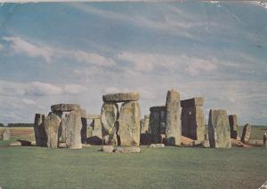 BF25049 stonehenge wiltshire from the soth west united kingdom  front/back image