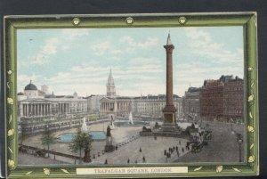 London Postcard - Trafalgar Square      T6781
