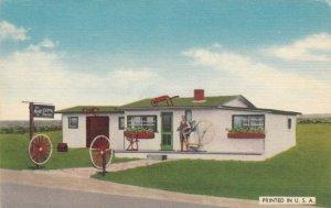 GRAND PRE, Nova Scotia, 1930-40s; The Mary Eaton Shoppe On Grand Pre Dykeland
