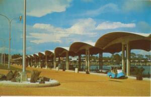BILOXI MISSISSIPPI - BROADWATER BEACH HOTEL MARINA 1960s