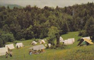 Camp at TSOONA Girl Guide Campsite , ROSEDALE , B.C. , Canada , 40-60s