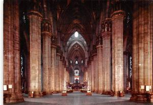 Italy Duomo di Milano, Dome de Milan, Cathedral, center nave