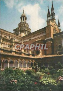 Postcard Modern Certosa di Pavia View of small Cloitre