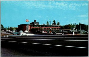 Spokane, Washington Postcard DESERT CARAVAN INN Street View Roadside c1950s