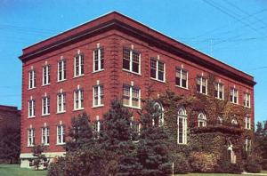 WV - Wheeling, West Liberty State College Administration Building