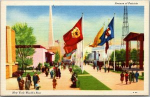 1939 NEW YORK WORLD'S FAIR Expo Postcard Avenue of Patriots Linen Unused