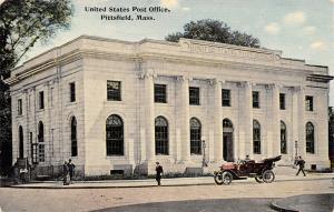 Pittsfield Massachusetts~Vintage Car at Post Office~Customers~1913 Postcard