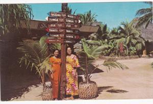 Polynesian Cultural Center, Native Women, OAHU, Hawaii, 40-60's