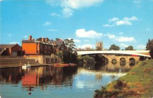 uk11510 river wye and chatedral hereford uk
