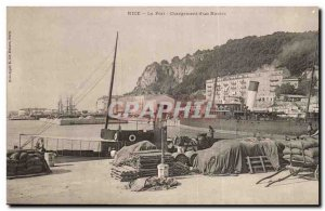 Nice - The Port - loading d & # 39un Ship - boat - Old Postcard