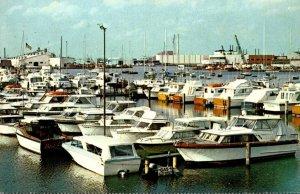 Michigan Waukegan Marina On Lake Michigan