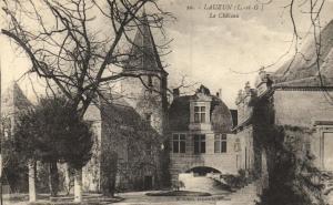 CPA Lauzun La Chateau Lot et Garonne (100680)