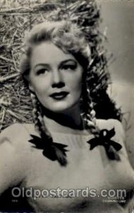 Betty Hutton Unused light wear