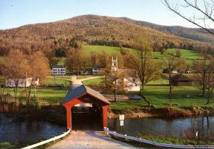 VT - WestArlington.   Covered Bridge Spanning the Batten Kill River (Vermont)